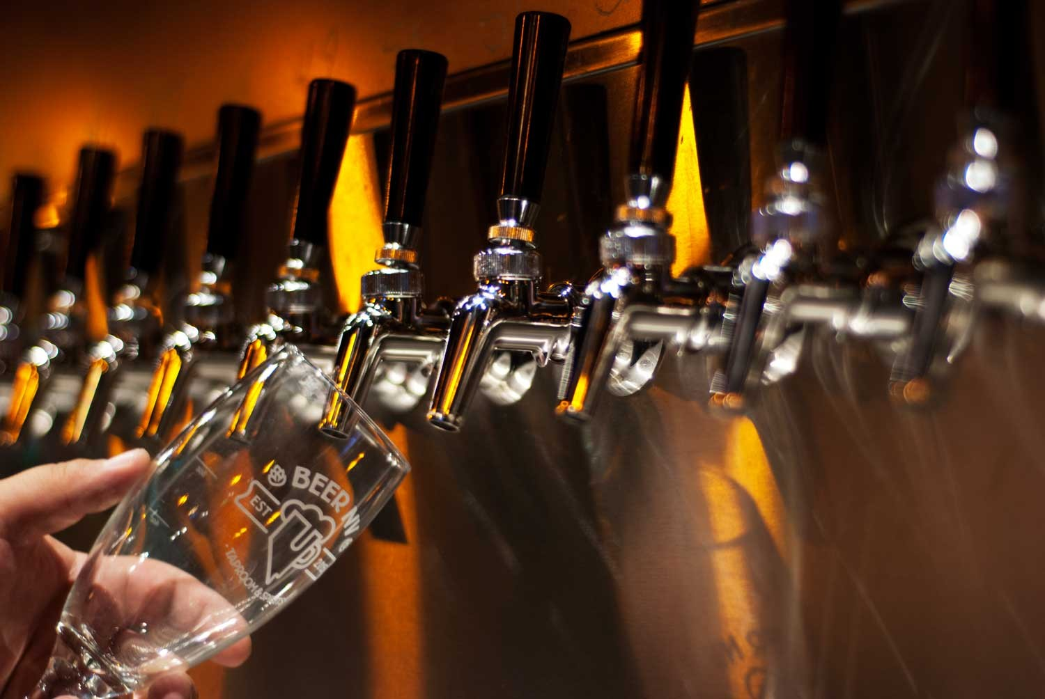 60+ Craft Beers On Tap From All Over The World | Beer NVBeerNV